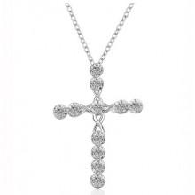 Colar com Crucifixo de Zircônias