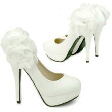 Scarpin - Branco com Flor