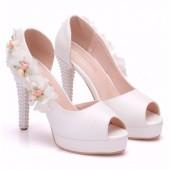 Peep Toe - Branco com Flores